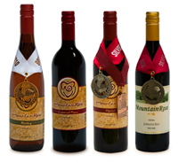 traditionalist wine club at MountainRose Vineyard